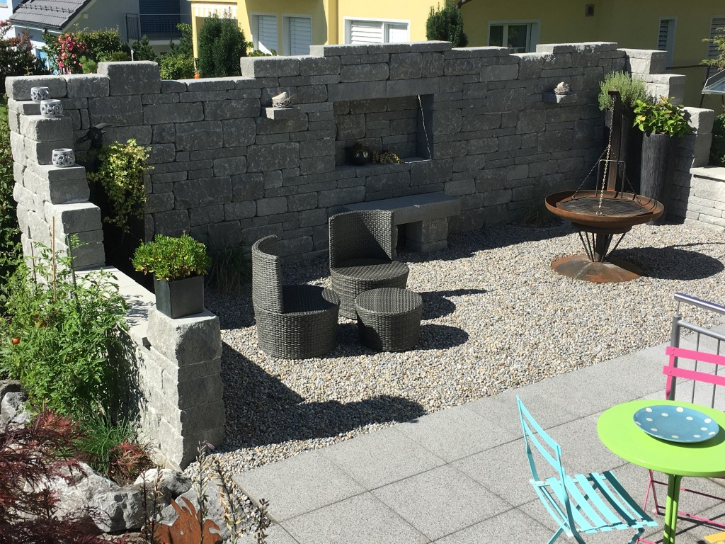 Gartengestaltung - Gartengestaltung mit mauern ...